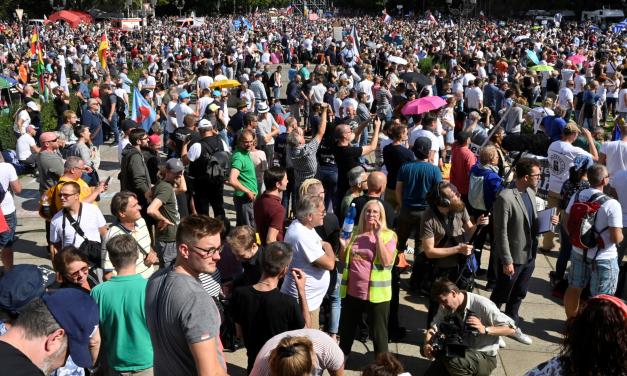 Protests continue, media ignores them